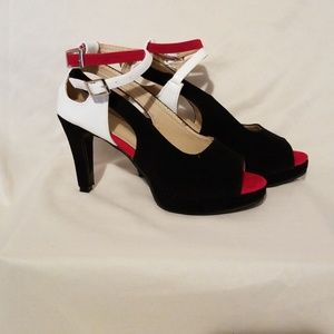 Shoes - Color Block Sandals
